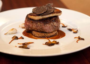 Tournedos rossini -- oksemørbrad, foie gras, trøfler