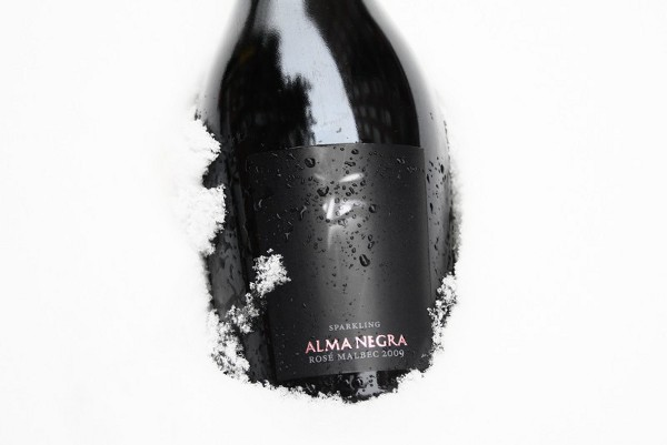 alma-negra-rose-malbec-2009-sparkling
