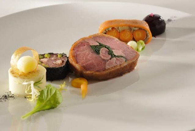 bocuse-dor-sverige-koedret-servering