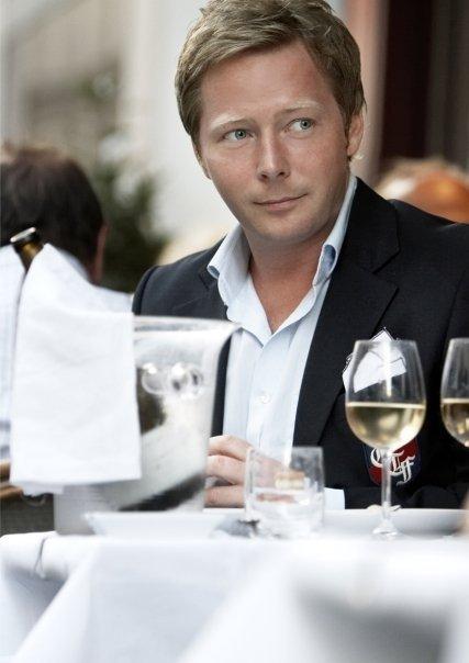Kristian Brask Thomsen -- tidligere restaurant direktør, gourmet, netværksmand og gentleman