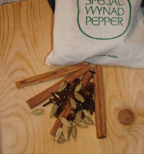 Krydderier til vin chaud -- Frankrigs svar på gløgg