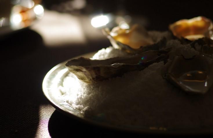 Saltbagte østers (venø trods skal) med sake
