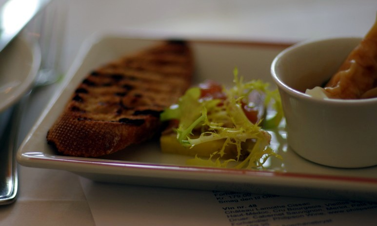 Foie gras-terrine med kvædekompot -- serveret til Sauternes fra Castelnau de Suduiraut