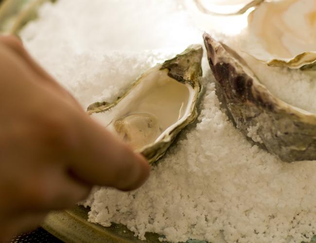 saltbagte-oesters-sake