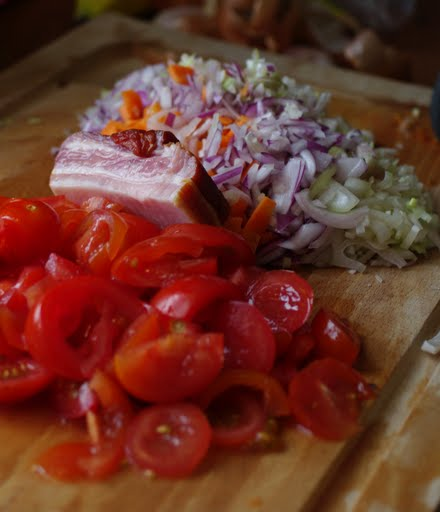 tomat-urter-bacon